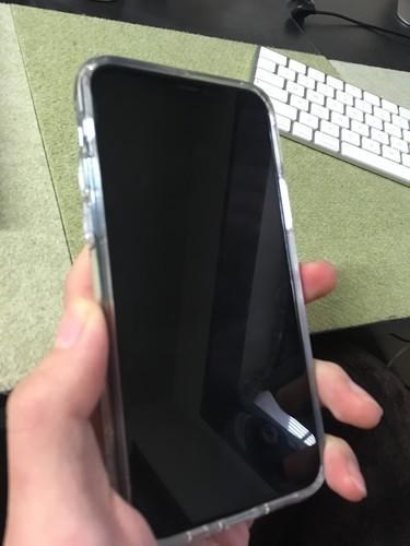 iPhone11pro 透明ケース レビュー